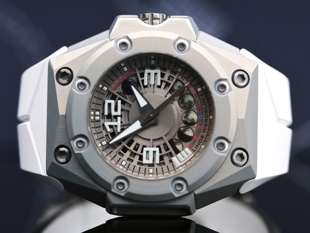 Naziv: Linde-Werdelin-Oktopus-MoonLite-satovi-watches-8.jpg, pregleda: 100, veličina: 140,5 KB