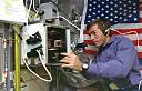 anbeast - svemirci (zametak) i ostali-5600-na-ruci-astronauta1.jpg