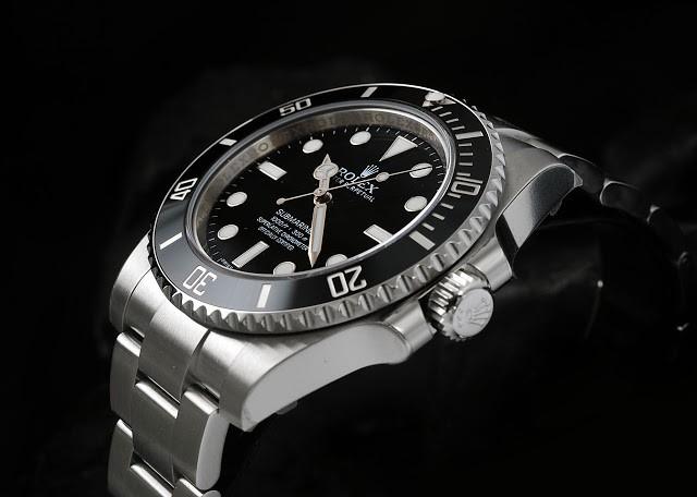 Kliknite za sliku za veću verziju  Ime:2 Rolex Oyster Perpetual Submariner M114060-0002.jpeg Viđeno:286 Veličina:49,4 KB ID:77937