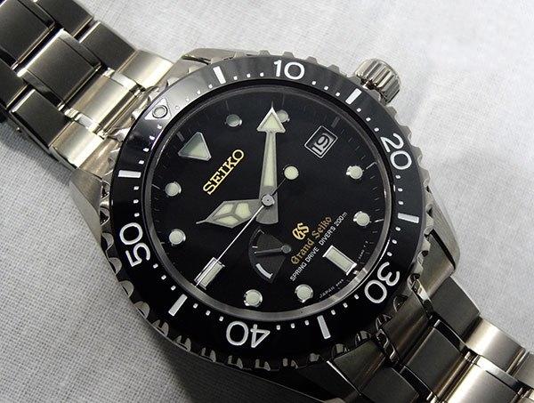 Kliknite za sliku za veću verziju  Ime:5 Grand Seiko Spring Drive Diver SBGA031.jpg Viđeno:290 Veličina:188,5 KB ID:77941