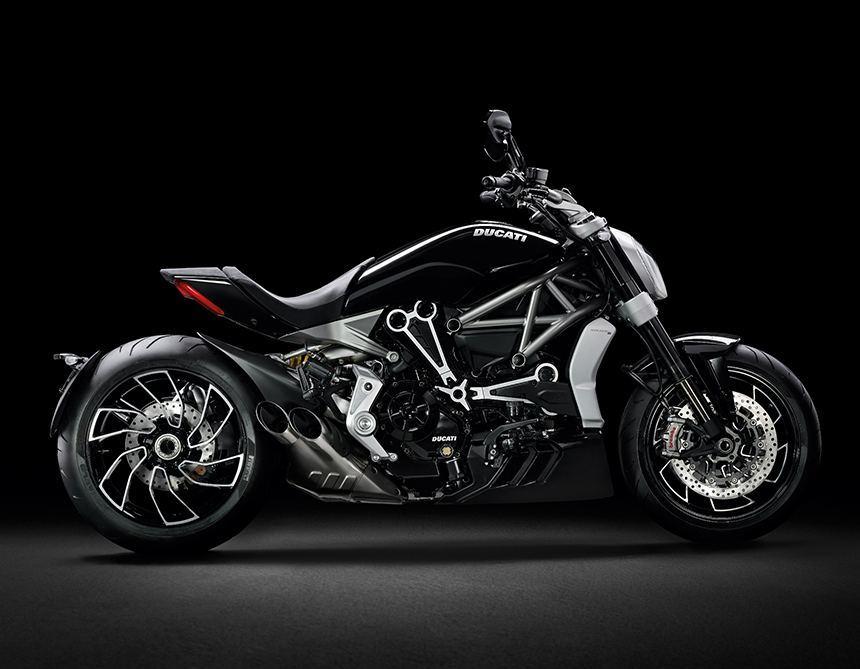 Naziv: Tudor-Fastrider-Black-motorcycle-aBlogtoWatch.jpg, pregleda: 321, veličina: 60,0 KB