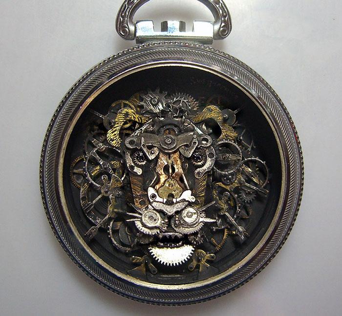 Naziv: AD-Recycled-Watch-Parts-Sculptures-Vintage-Antique-Susan-Beatrice-03.jpg, pregleda: 81, veličina: 123,4 KB