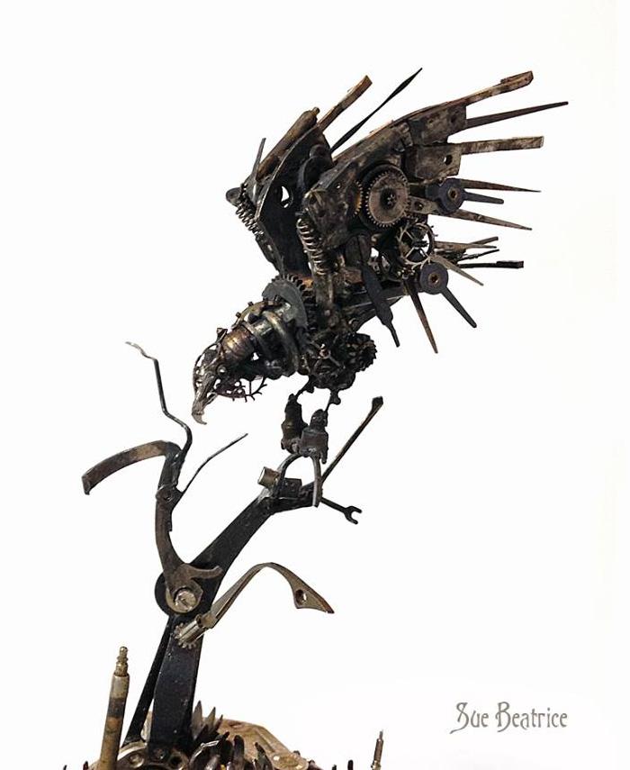 Naziv: AD-Recycled-Watch-Parts-Sculptures-Vintage-Antique-Susan-Beatrice-11.jpg, pregleda: 99, veličina: 101,8 KB