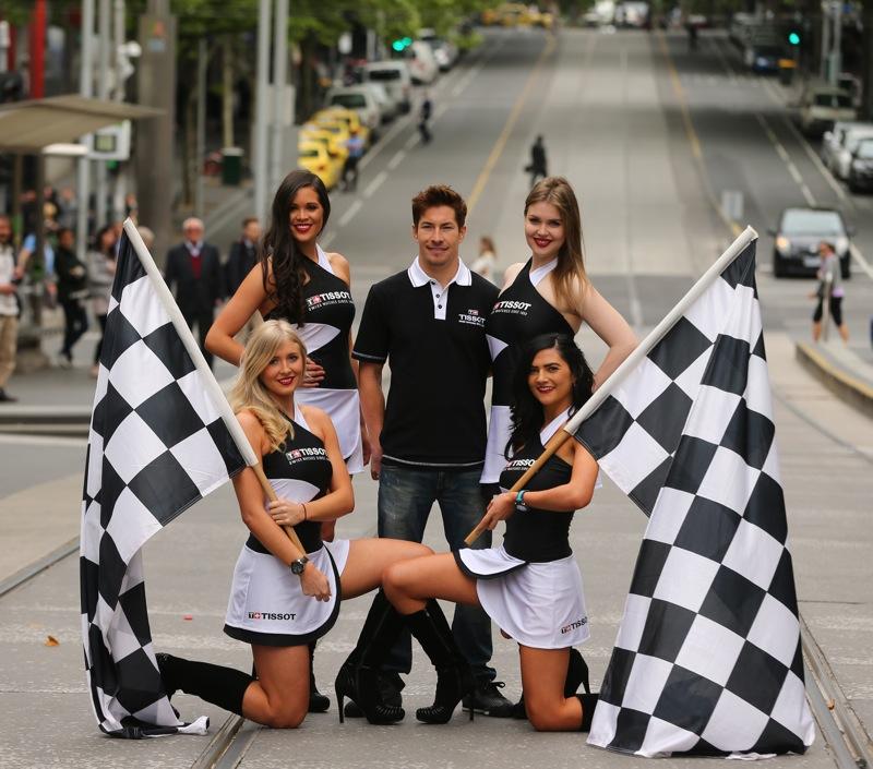 Kliknite za sliku za veću verziju  Ime:Nicky_Hayden_GridGirls_Melbourne_Tissot_Australian_Grand_Prix.jpg Viđeno:175 Veličina:170,7 KB ID:77972
