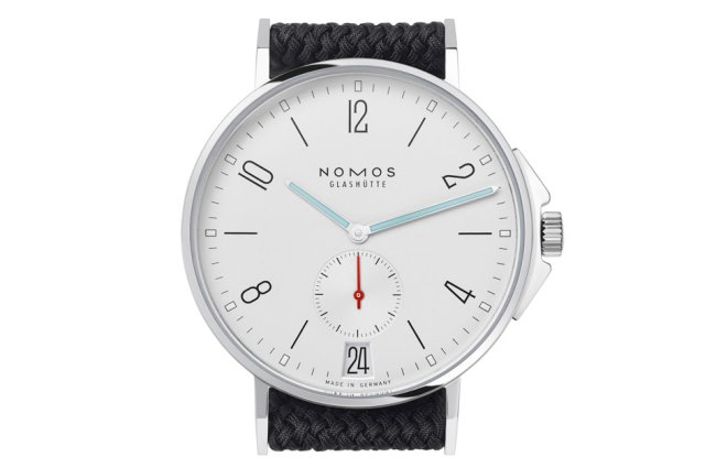 Naziv: NOMOS-Ahoi-Datum.jpg, pregleda: 909, veličina: 34,4 KB