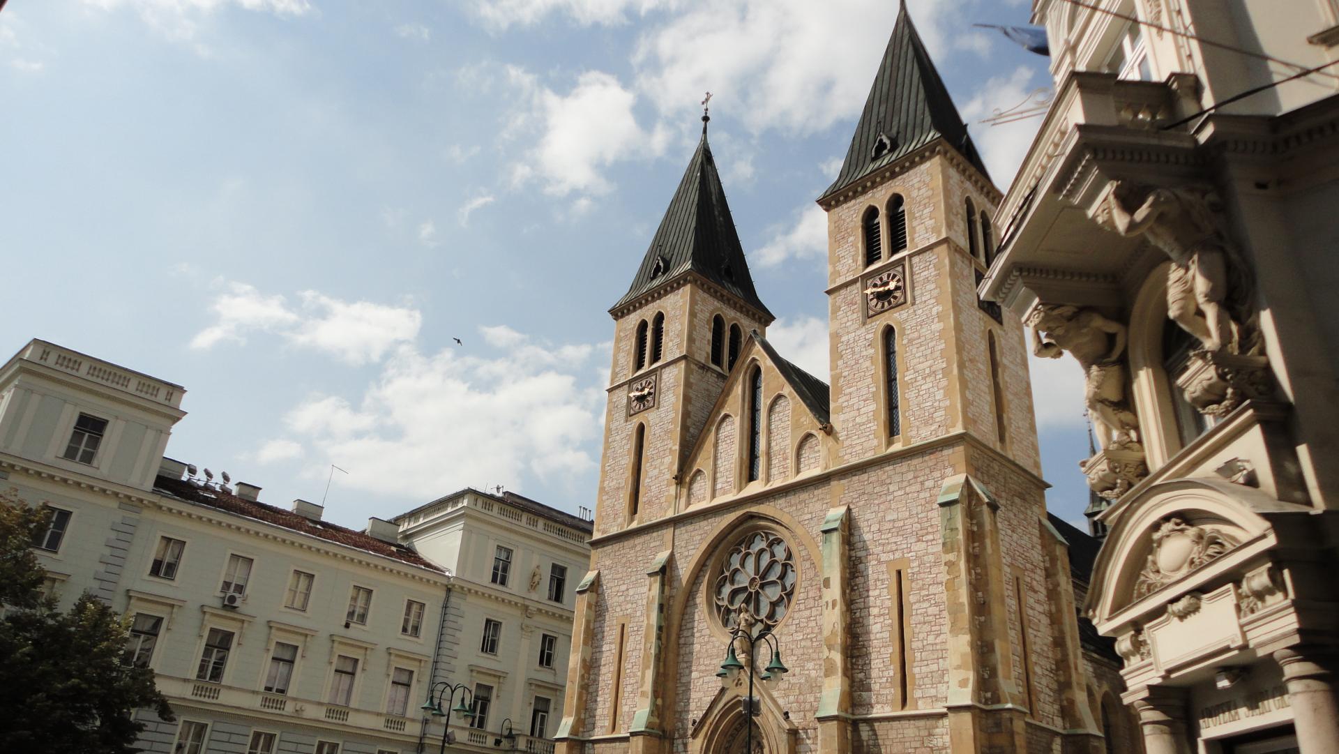 Kliknite za sliku za veću verziju  Ime:sarajevo-cathedral.jpg Viđeno:885 Veličina:253,0 KB ID:99951