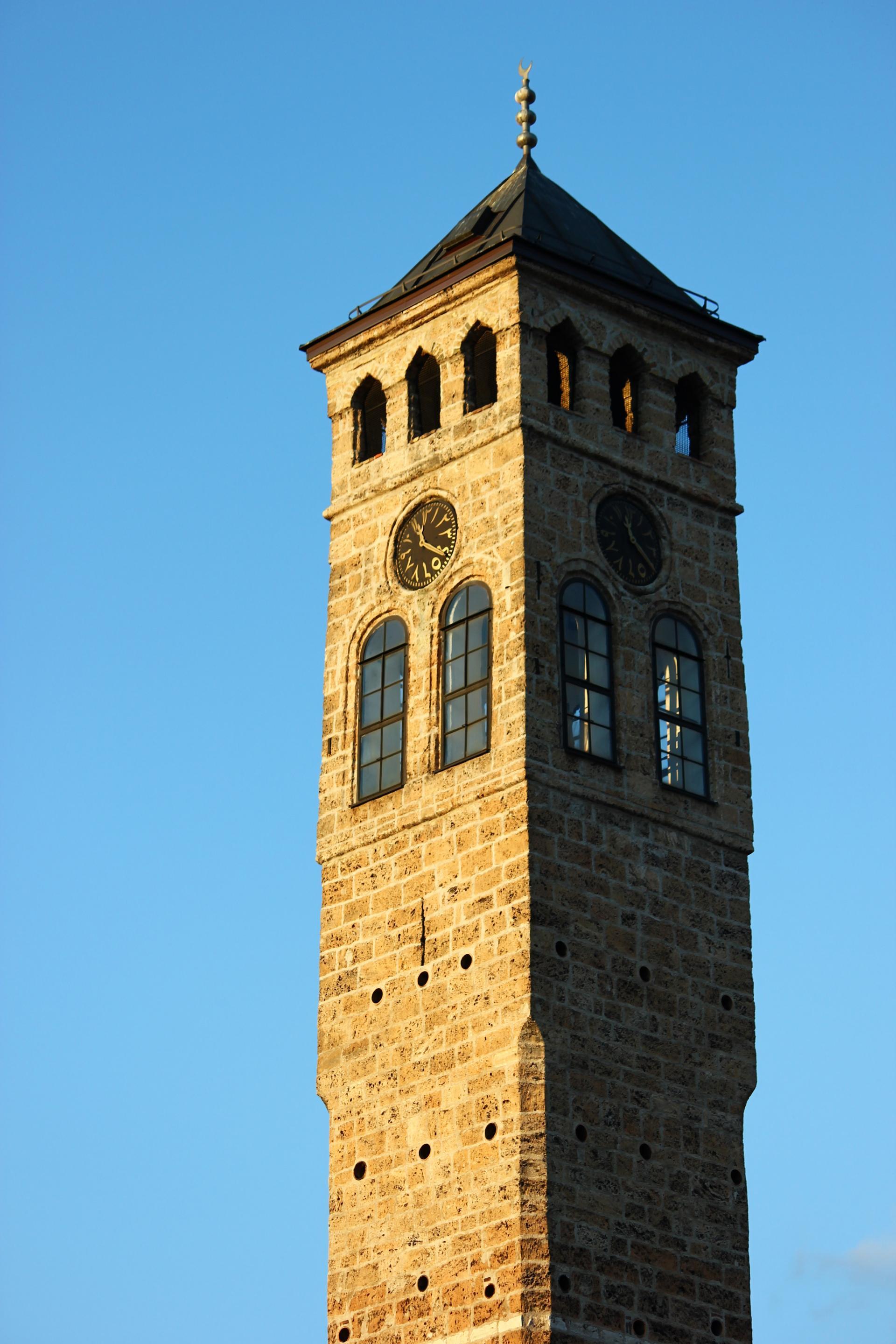 Kliknite za sliku za veću verziju  Ime:Sarajevo_Uhrturm.jpg Viđeno:637 Veličina:414,4 KB ID:99961