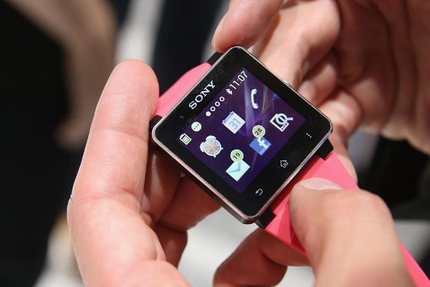 Kliknite za sliku za veću verziju  Ime:Sony Smartwatch.jpg Viđeno:706 Veličina:153,8 KB ID:118519