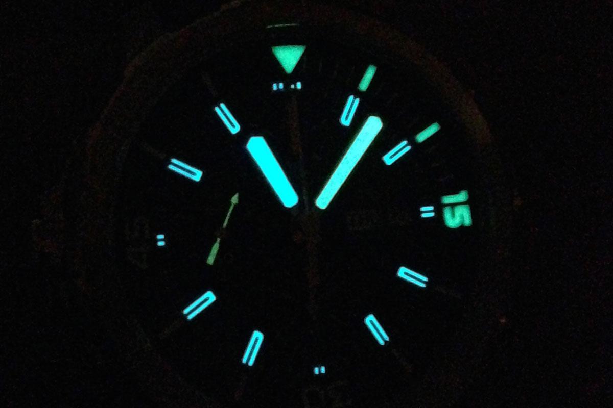 Naziv: IWC-Aquatimer-Chronograph-Cousteau-lume01.jpg, pregleda: 184, veličina: 79,2 KB