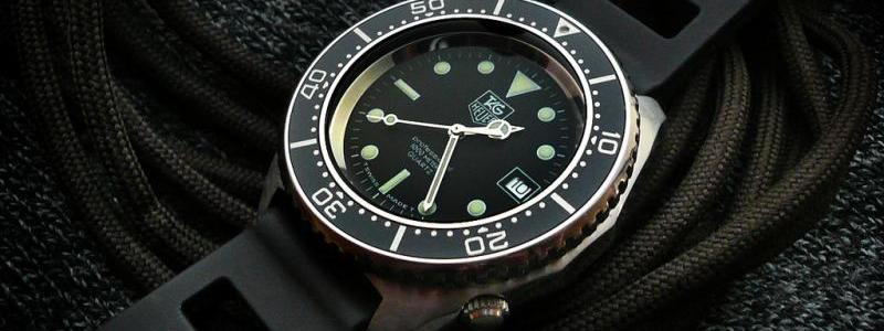 Naziv: 427400-fs-80-s-tag-heuer-1000m-diver-980-023n-near-mint-w-original-bracelet-and-b-and-amp-p.jpg, pregleda: 325, veličina: 42,5 KB