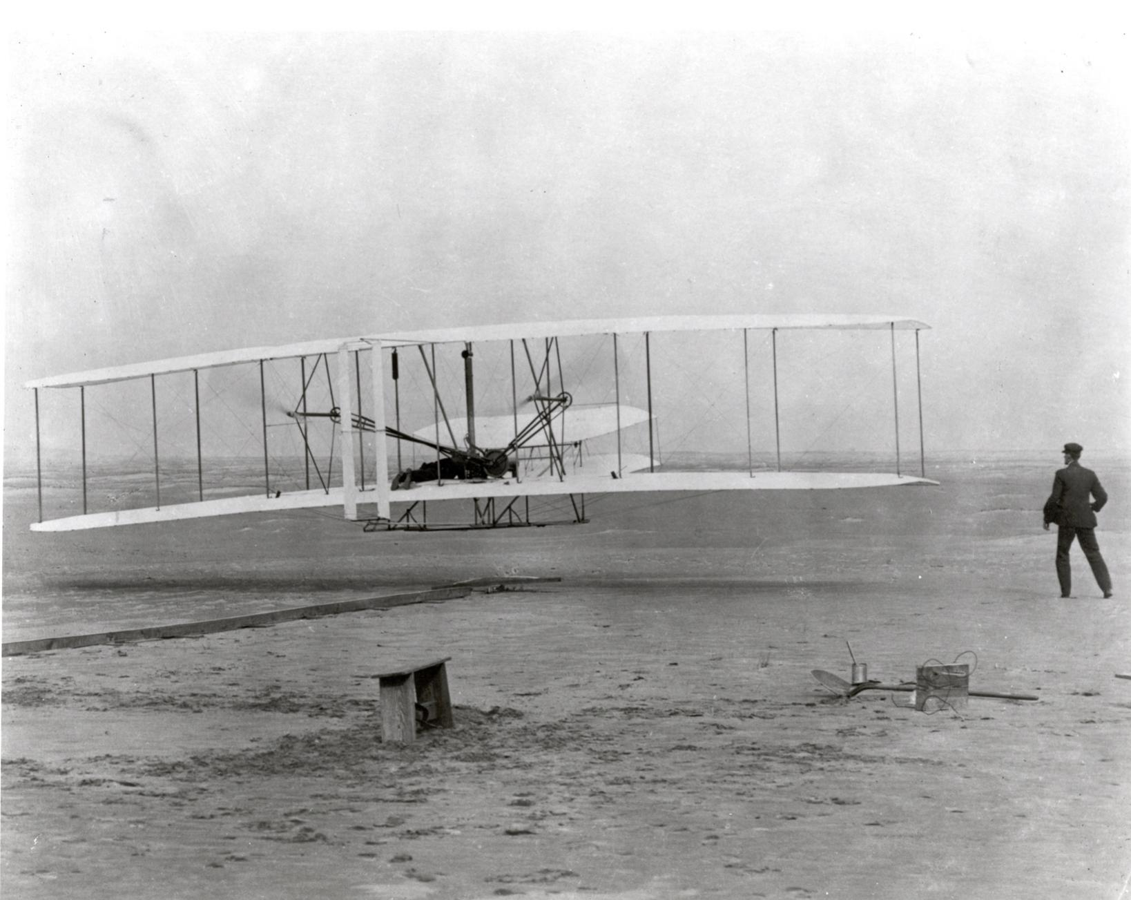 Naziv: The_Wright_Brothers_First_Heavier-than-air_Flight_-_GPN-2002-000128.jpg, pregleda: 197, veličina: 202,2 KB