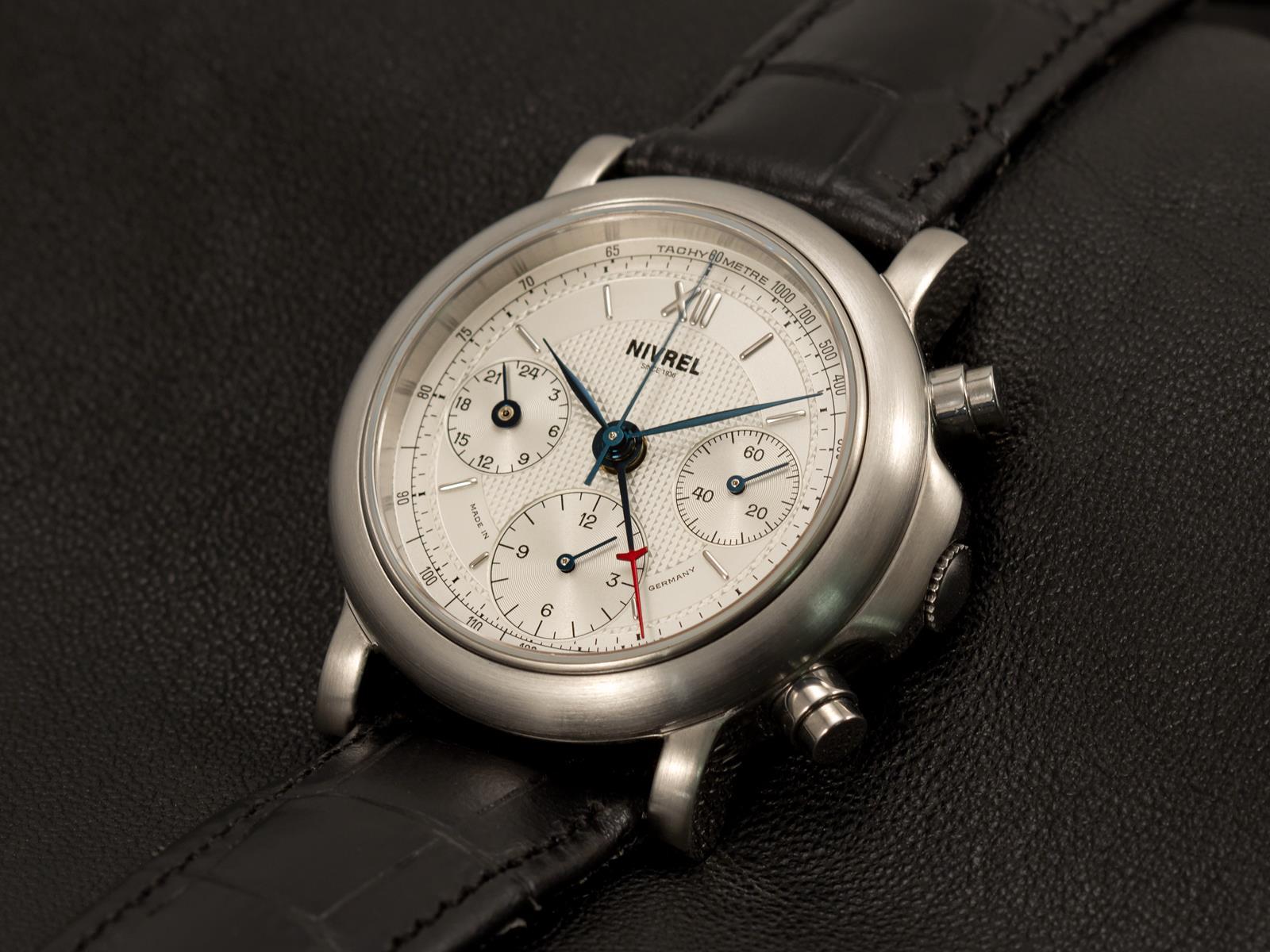 Kliknite za sliku za veću verziju  Ime:Nivrel-Heritage-Chronographe-Minutes-satovi-3.jpg Viđeno:145 Veličina:193,1 KB ID:84735