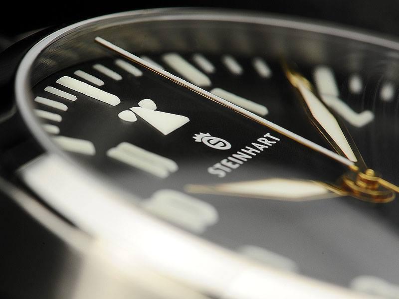 Naziv: Steinhart-Nav.B-Uhr-Automatik-44-and-47-PREMIUM-satovi-watches-5.jpg, pregleda: 591, veličina: 44,3 KB