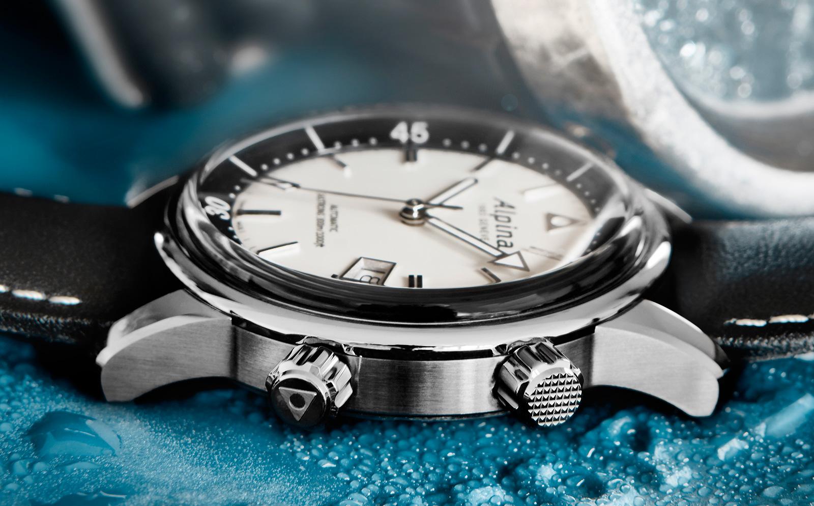 Naziv: Alpina-Seastrong-Diver-Heritage-3.jpg, pregleda: 247, veličina: 441,9 KB