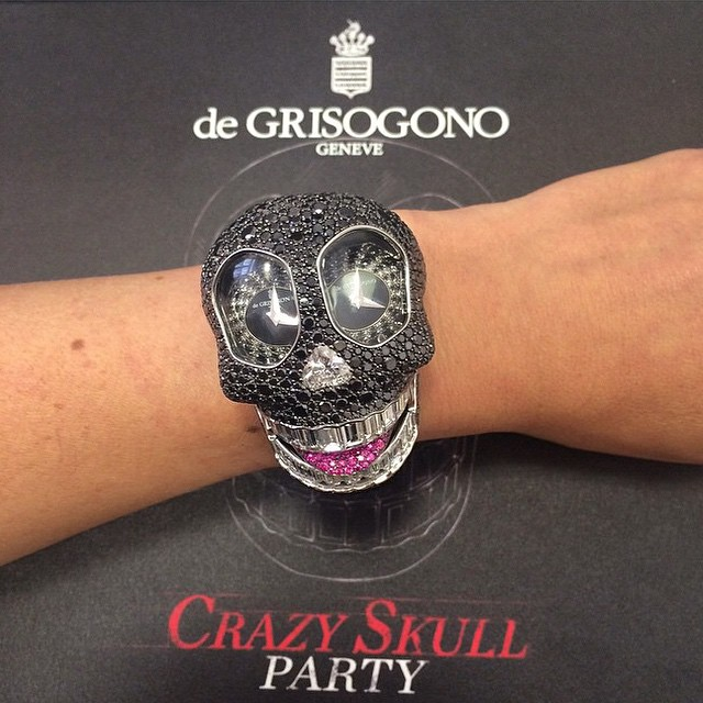 Naziv: de-grisogono_crazy-skull-watches-satovi-6.jpg, pregleda: 230, veličina: 98,8 KB