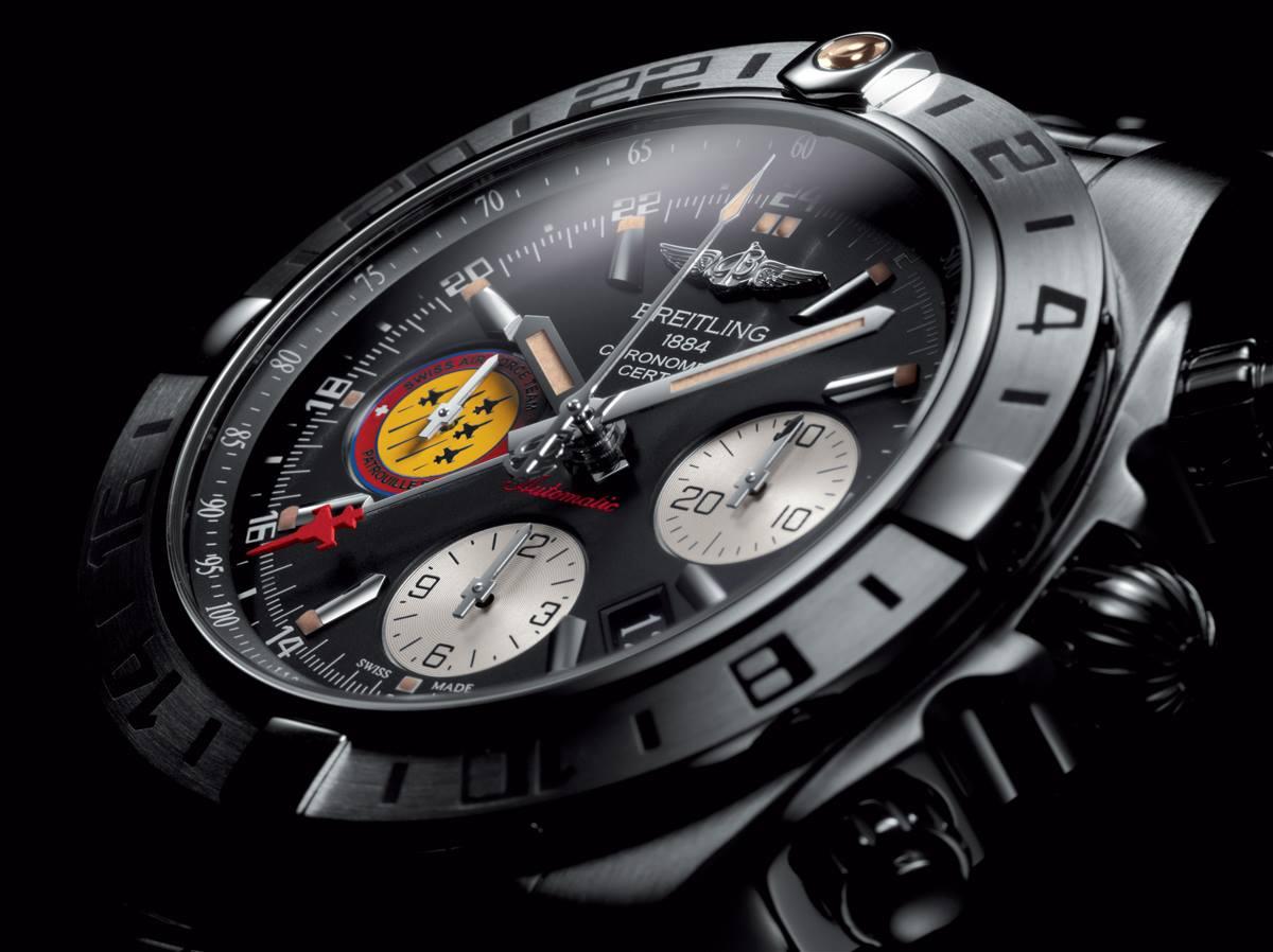 Naziv: Breitling-Chronomat-44-GMT-Patrouille-Suisse-50th-Anniversary-satovi-2.jpg, pregleda: 127, veličina: 95,4 KB