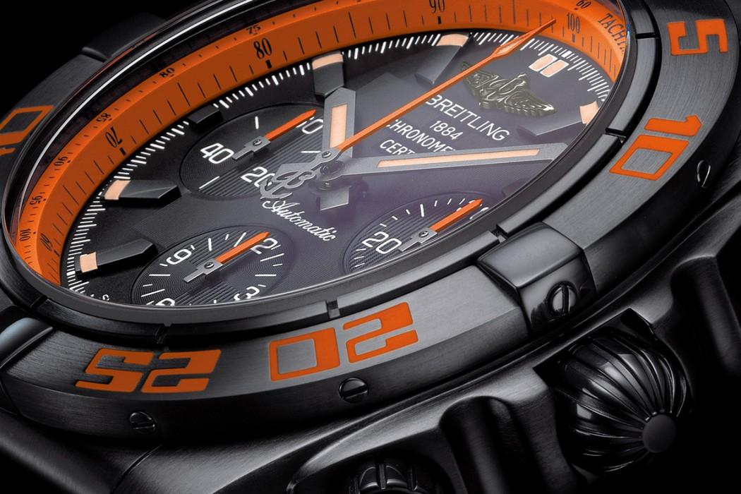 Naziv: Breitling-Chronomat-44-Raven-watches-satovi-2.jpg, pregleda: 1164, veličina: 189,6 KB