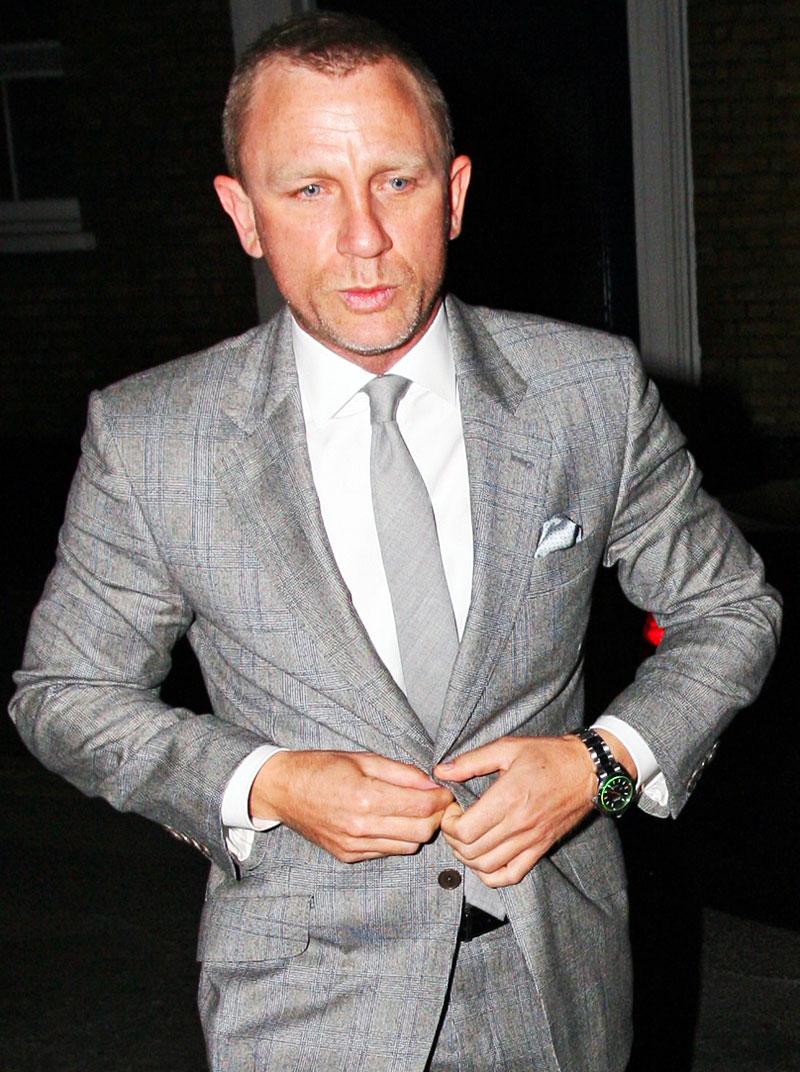 Naziv: Daniel-Craig-Rolex-Milgauss.jpg, pregleda: 2892, veličina: 191,8 KB